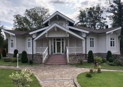 Готовый дом из клееного бруса 220 кв.м.